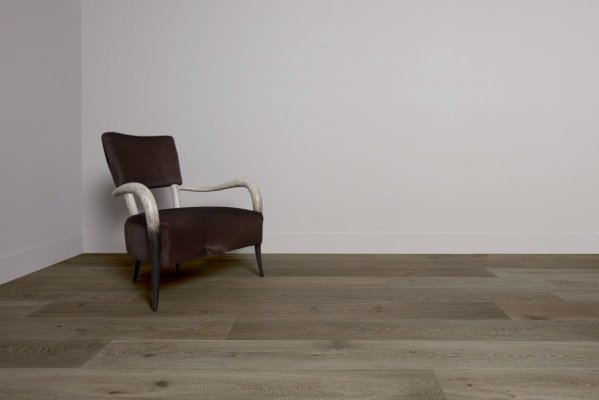 Pistoria flooring and chair in left corner