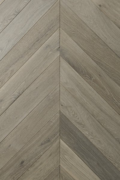 "Rho 4.75"" Wide Engineered Oak Wood Flooring Shown"