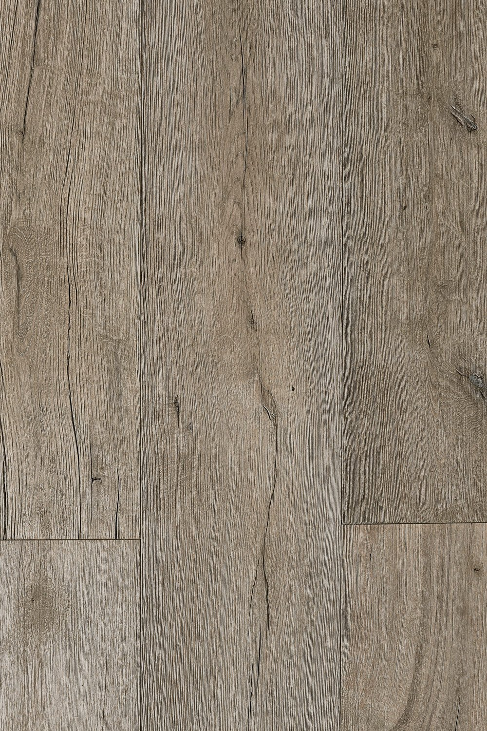 Oil Vintage White 5/8 in. Thick x 7-1/2 in. Wide x Varying Length Floating Engineered European Oak Hardwood Flooring (30.3 sq. ft. / box) - 810001960575